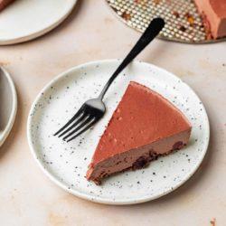 vegan chocolate cherry cheesecake