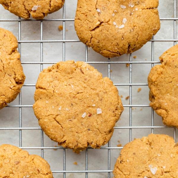 Vegan Low FODMAP Peanut Butter Cookies
