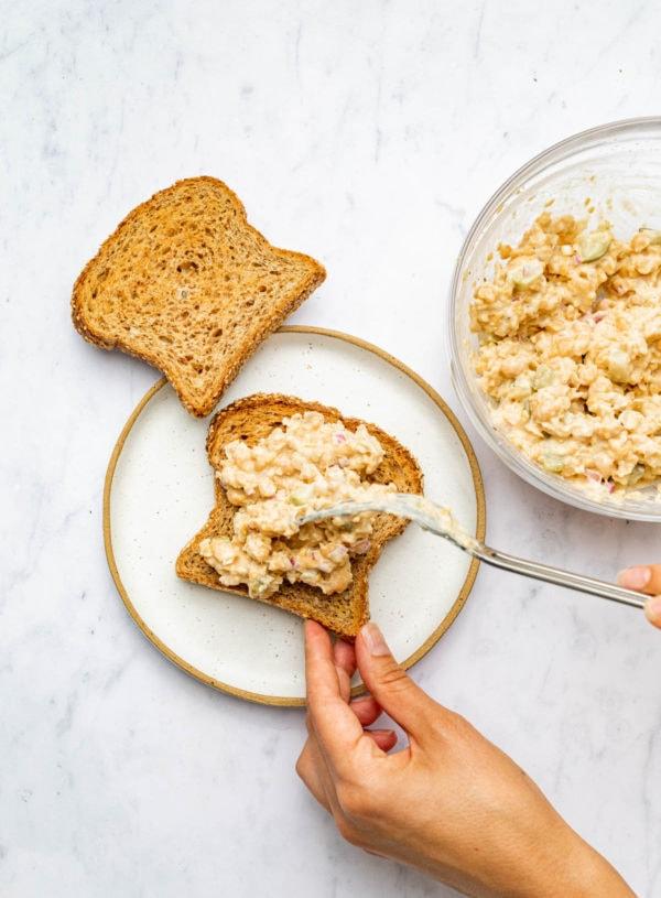 5-Minute Vegan Chickpea Tuna